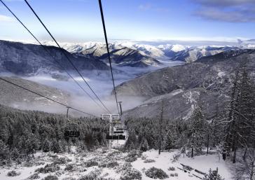 Ski in Port Ainé snowy landscape Pyrenees Lleida