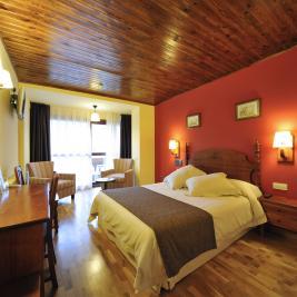 Double room Hotel La Morera València d'Àneu Lleida