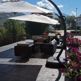 Terrace mountain views Hotel La Morera València d'Àneu Lleida